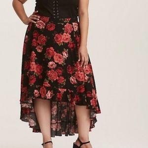 Torrid Plus Hi Lo Red Rose Black Ruffle Skirt